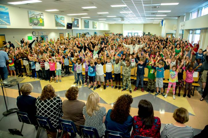 Jamerson students perform school song
