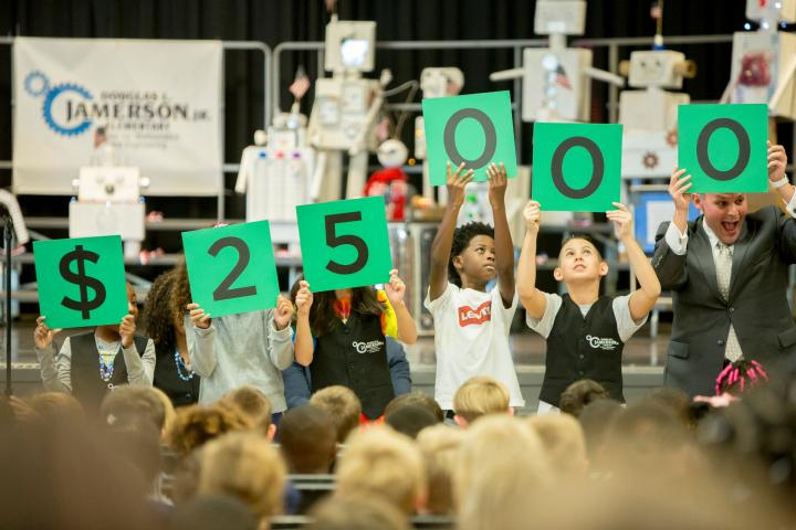 Jamerson students spell 25000