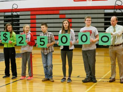 Decatur 2017 students spell 25000
