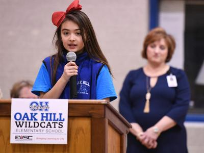 Oak Hill student leads pledge of allegiance