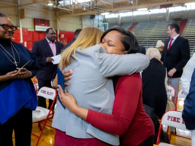 2019 AR Shalisha Thomas hug colleague