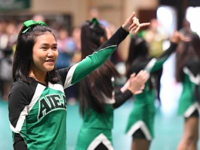 Aiea 2017 cheerleaders