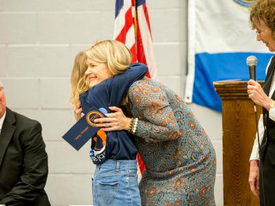 Allison Ruhl hugs daughter