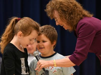 Chester Valley students help Jane Foley