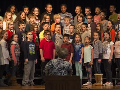 Cundiff students sing