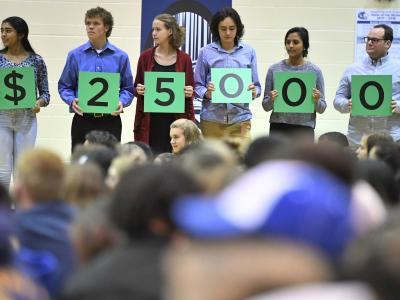 Grandview 2017 students spell 25000