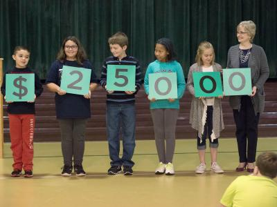 Jones Intermediate students spell 25000