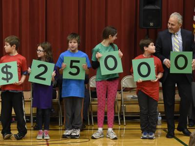Pioneer students spell 25000