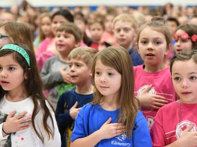 Rim Rock Elementary students pledge of allegiance