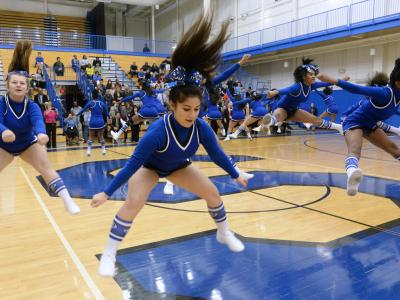 Shortridge HS cheerleaders