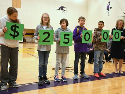 Thermopolis 2017 students spell 25000
