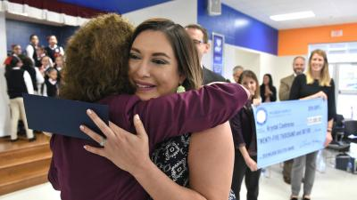 Texas 2018 Jane Foley Krystal Contreras hug